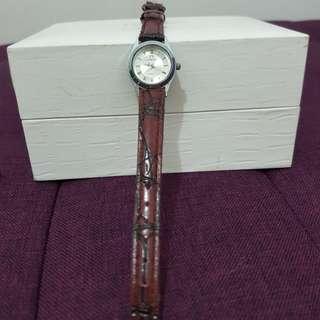Jam tangan cewek Omega