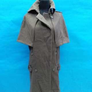 JNBY 全新型格外套,可作連身裙,較深的灰色