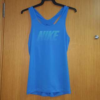 Nike Dryfit lady sport top Size L