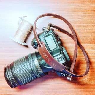 🚚 英國皇家 透染馬疆 J&E Sedgwick 相機背帶 包裝禮盒