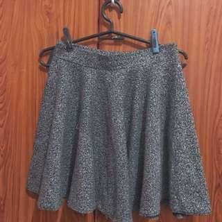A4 - Preloved Skirt