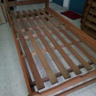Katil single kayu