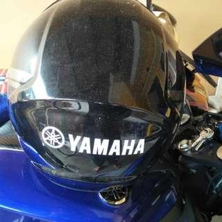 Helm yamaha belum pernah dipakai