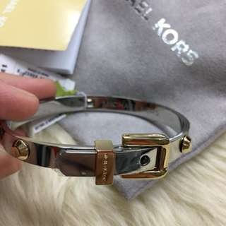 💯Michael kors bangle