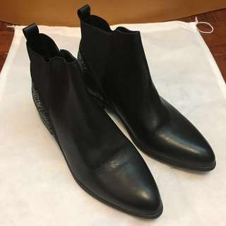Andre leather ankle boots 法國短皮靴(New)