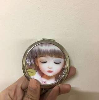 🚚 大眼娃娃雙面隨身鏡