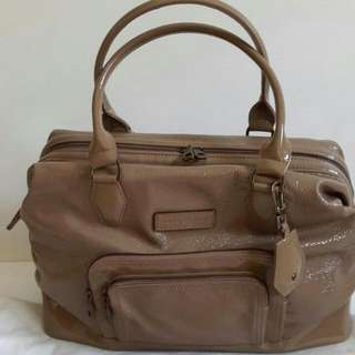 Excellent,LC grey comes with dust bag (38×14,5×30cm)
