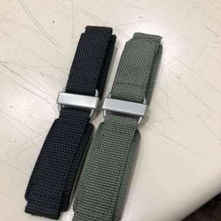Strapcode 22mm厚料尼龍魔術貼錶帶