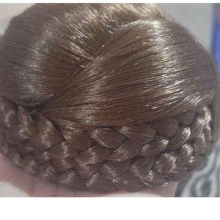 HAIR BUN / WIG