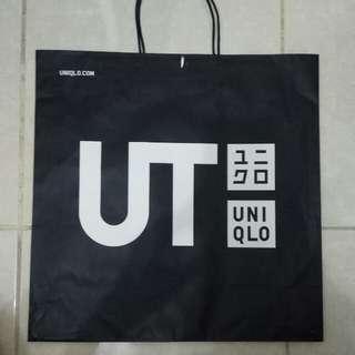 Paperbag / Paper Bag / Tas Karton Branded Uniqlo