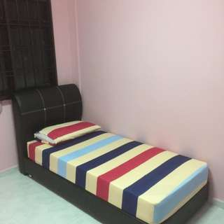 Room in Woodlands near Admiralty MRT cheap!