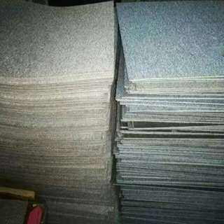 Carpet tiles (used)