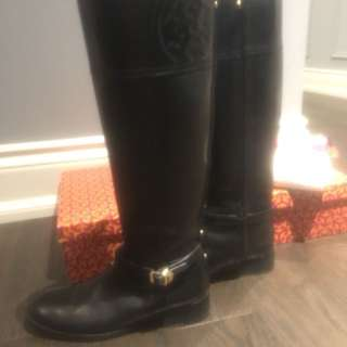 Tory Burch 8 black leather boots box