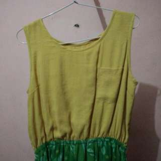 Dress yellow-green batik