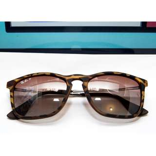 RAY BAN CHRIS Model code: RB4187 856/13 54-18 Frame material: Nylon  Frame color: Tortoise Lenses: Brown Gradient