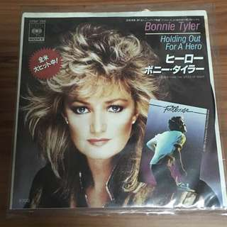 Bonnie Tyler Holding Out for a Hero 45 Single