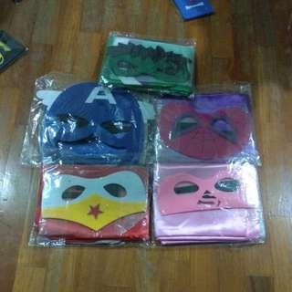 Superheros cape and mask