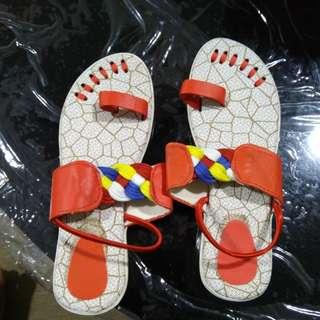Sandal size 3 @5