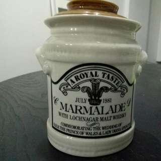 Primcess Diana's wedding commorative marmalade jar (1981)