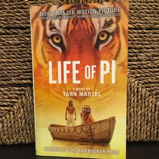 Life of Pie ( Good-conditioned book)