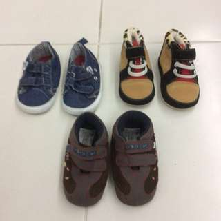 New & Preloved - Baby Pre-walker shoes