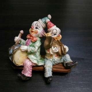 瓷器小丑擺設