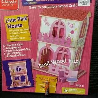 DIY Dollhouse (wood)