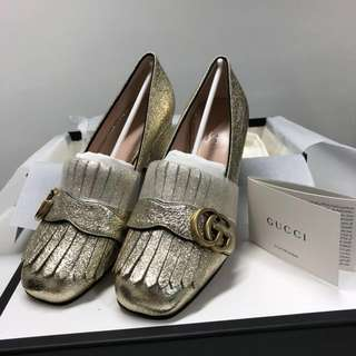 Gucci marmont fringed metallic cracked-leather pumps