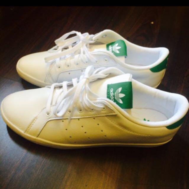 全新愛迪達白鞋