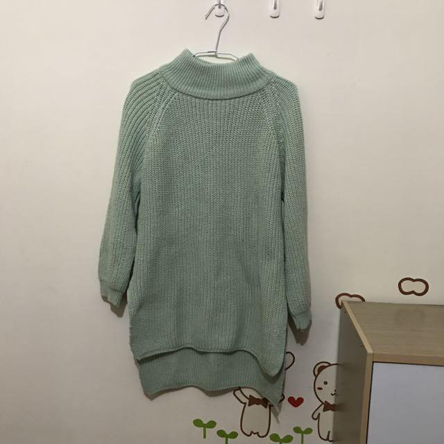 嫩綠長板針織毛衣