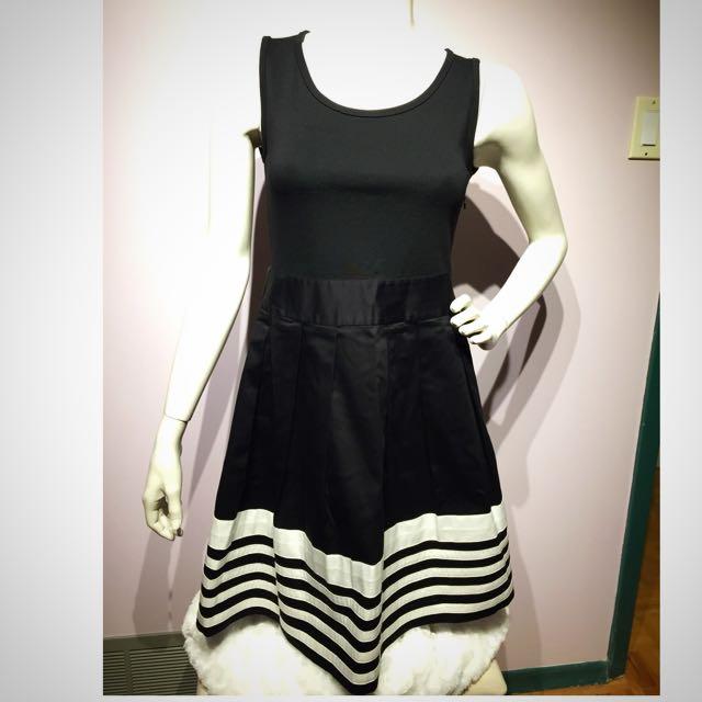 agnis b. Little Black Dress - Size 4