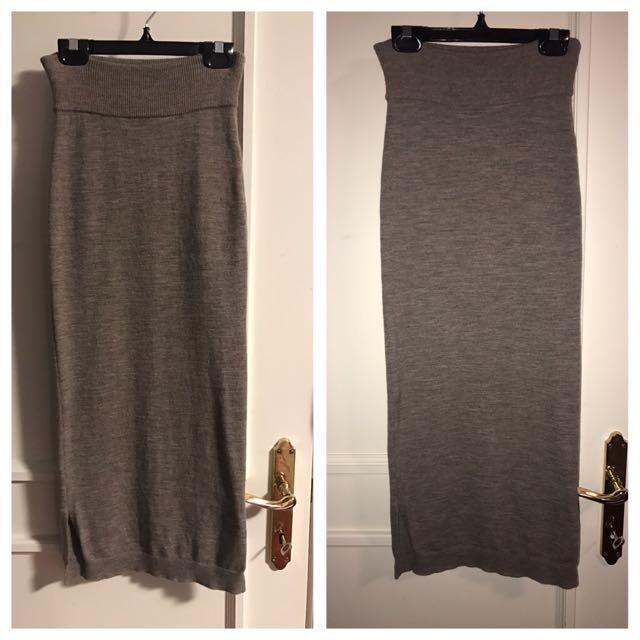 Aritzia Wilfred Wool Skirt Worn Once (Retail $135)