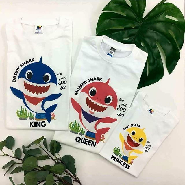 324998e3b Baby Shark Family T-shirt, Babies & Kids, Boys' Apparel on Carousell