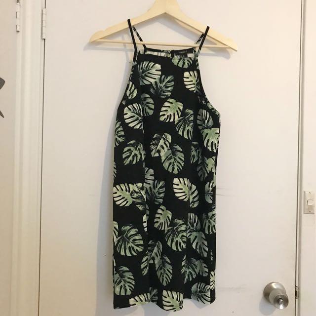 Black & green leaf dress S