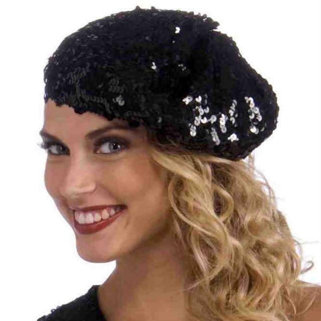 72601e4d01113 BNWT - Sequin beret hat