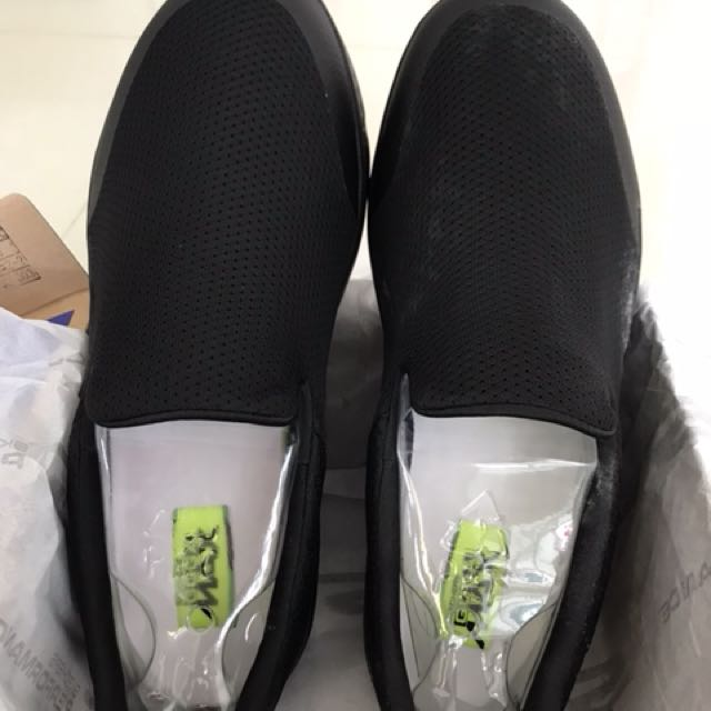 Brand new go walk 4 men's size 10.5 extra wide fit, Men's