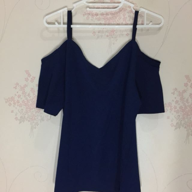 Dark blue sabrina top