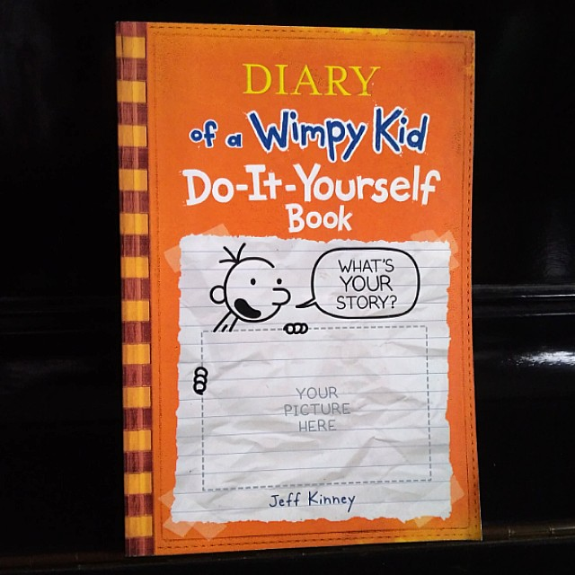 Diary of a wimpy kid do it yourself book books childrens books on diary of a wimpy kid do it yourself book books childrens books on carousell solutioingenieria Gallery