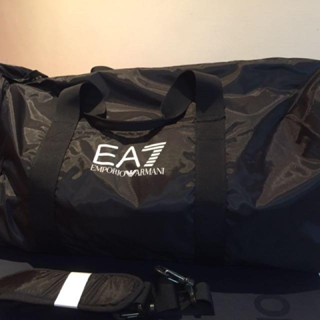 Ea7 Armani旅行/健身兼用包