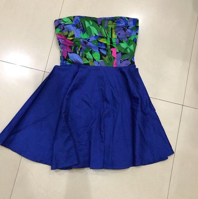 Electric blue dress flower
