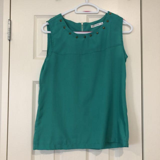 Green singlet top
