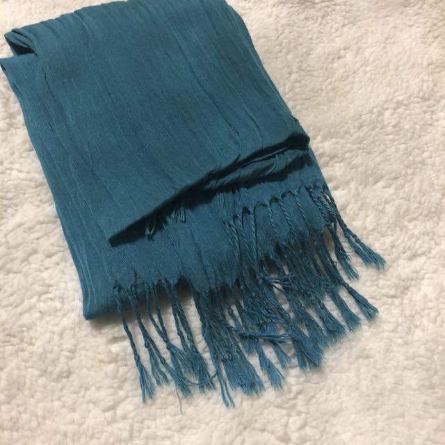 Holt renfrew spring scarf