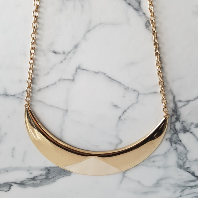Minimalistic Gold plate necklace