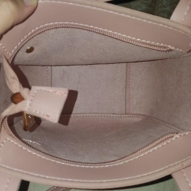 Miniso   Sling Bag   Tas Selempang   Tas kecil   Tas mini   Pink 586b277e4f