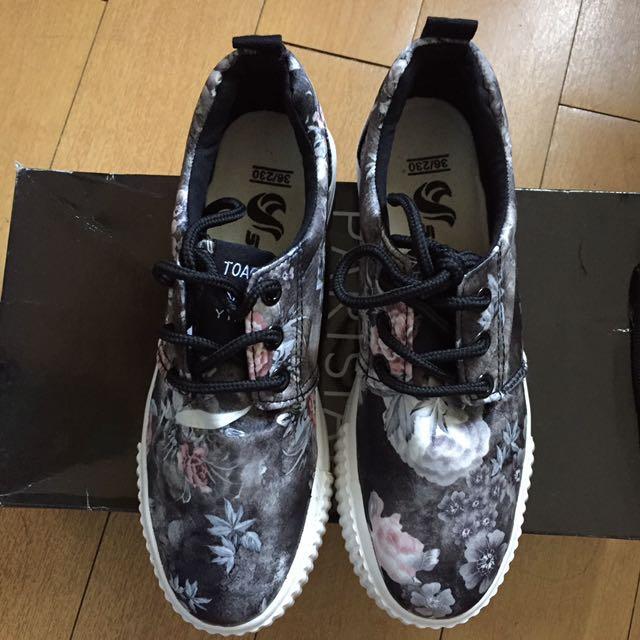 NEWYORK Sneakers PL