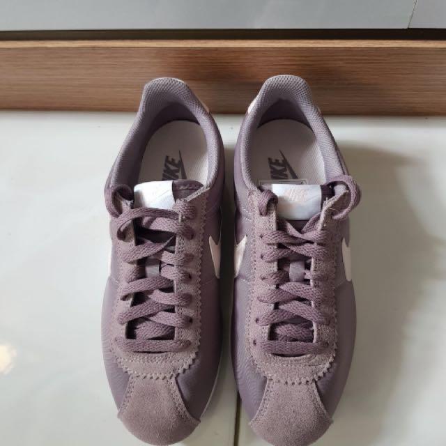 Nike Cortez Nylon Preloved Fesyen Wanita Sepatu Di Carousell