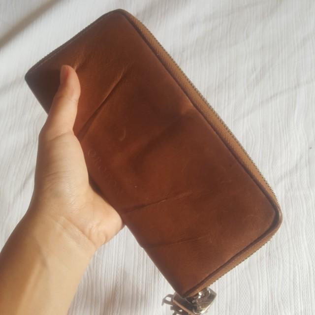 Oroton Tan Leather Zip Wallet