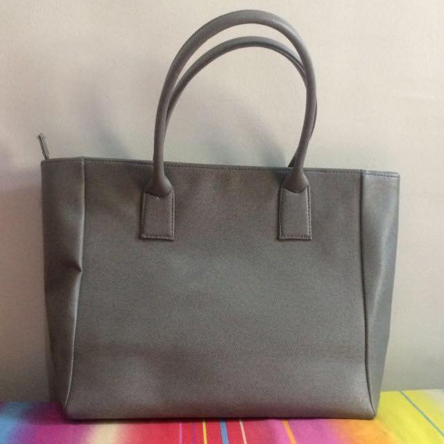 Plain Gray Ladies' Bag