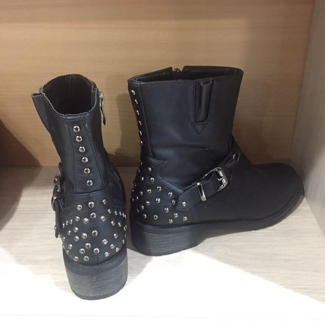 Sepatu Boots Merk Coiincos Korea Keren High Quality