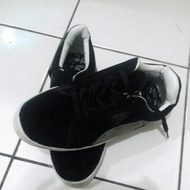 Sepatu puma gold